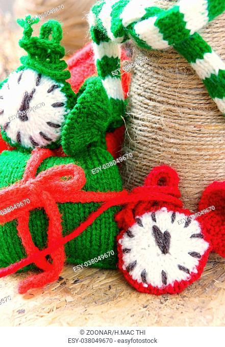 christmas, handmade clock, xmas, gift, time
