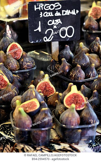 Figs. Mercat de Sant Josep aka La Boqueria Market, La Rambla, Ciutat Vella district. Barcelona. Catalonia. Spain
