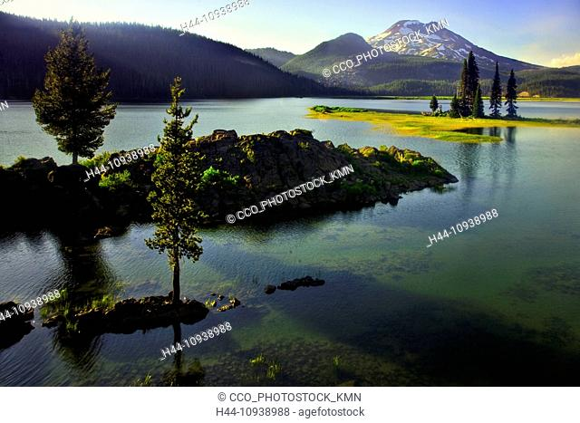 USA, United States, America, Oregon, landscape, mountains, nature, snow, sunrise, sunset, wildflowers, winter, Sparks Lake