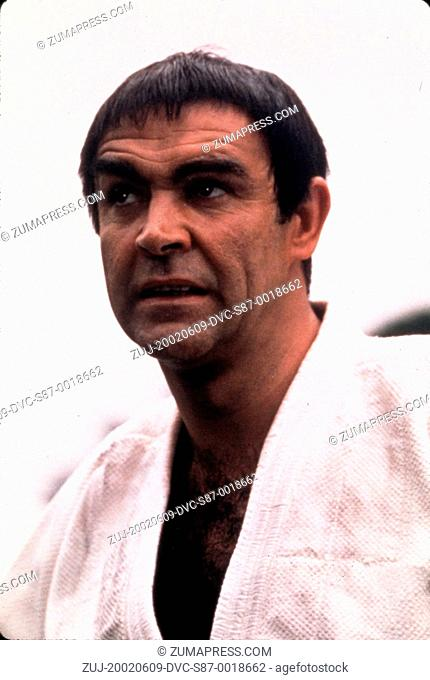 1967, Film Title: YOU ONLY LIVE TWICE, Director: LEWIS GILBERT, Pictured: SEAN CONNERY, SEAN AS JAMES BOND CONNERY, LEWIS GILBERT