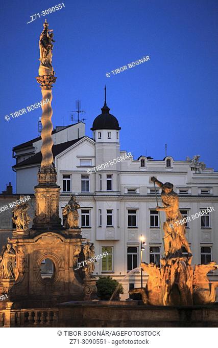 Czech Republic, Moravia, Olomouc, Dolni Namesti, Marian Plague Column, Neptune Fountain,