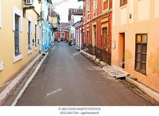 street scene, Fontanhas Quarter, Panjim or Panaji, Goa, India
