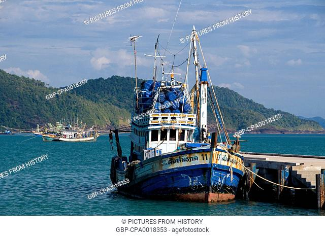 Thailand: Fishing boat at the pier, Bang Bao fishing village, Ko Chang, Trat Province