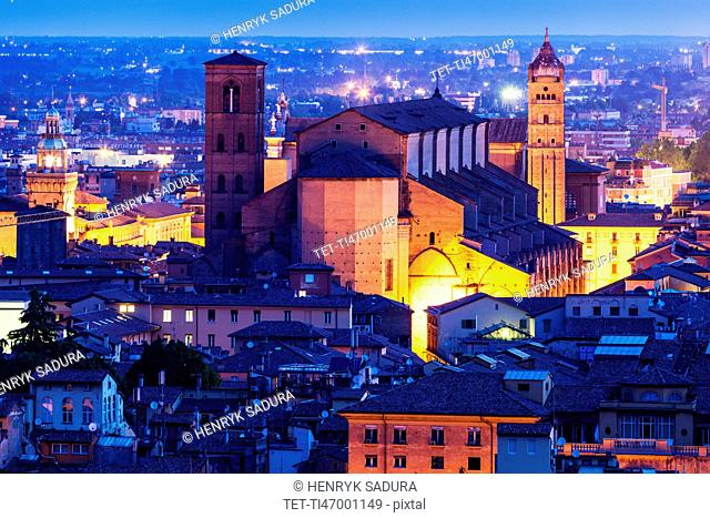 Bologna Cathedral at night
