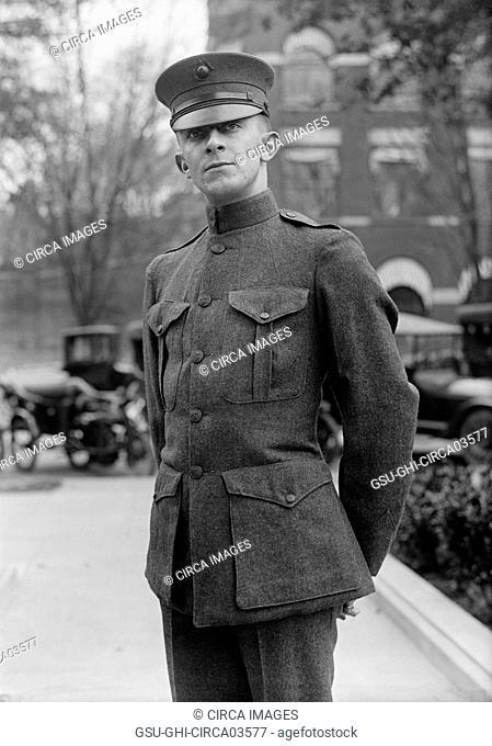 U.S. Marine Corps Private in Uniform, Portrait, USA, Harris & Ewing, 1916