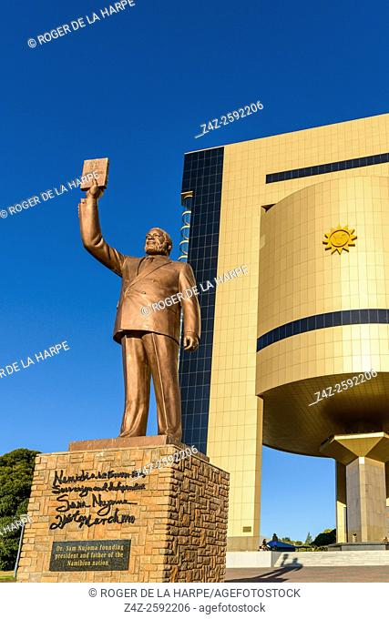 The Independence Memorial Museum and a statue of former President Sam Nujoma facing Windhoek with him holding the 'Constituency Book'. Windhoek