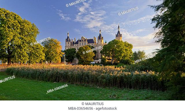 Schwerin Castle, Castle Island, Schwerin (capital), 'Innensee', Mecklenburg-Western Pomerania, Germany