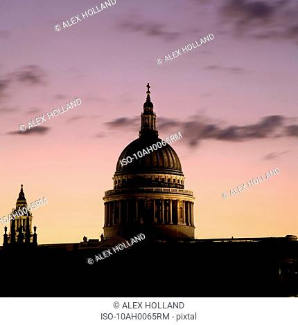 St. Paul's Cathedral at dusk, London
