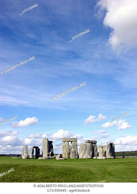 Stonehenge circle. Salisbury plain, Southern England. UK
