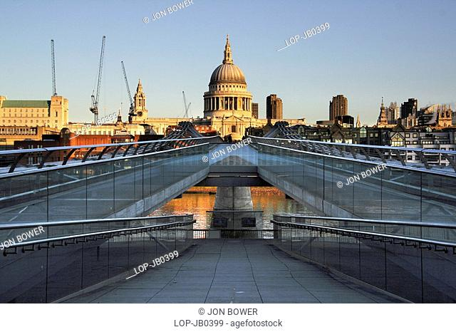 England, London, South Bank, St Paul's Cathedral and the Millennium Bridge at sunrise