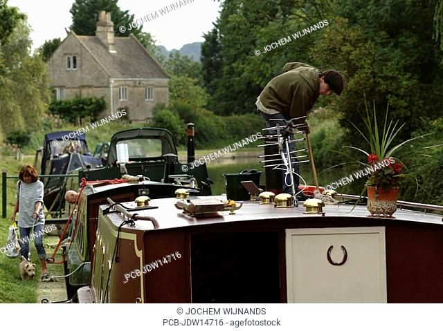 Bath, houseboats in the Avon river