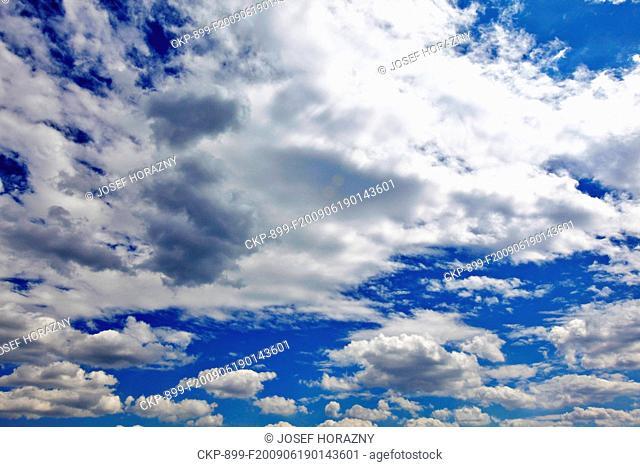Clouds on a blue sky CTK Photo/Josef Horazny