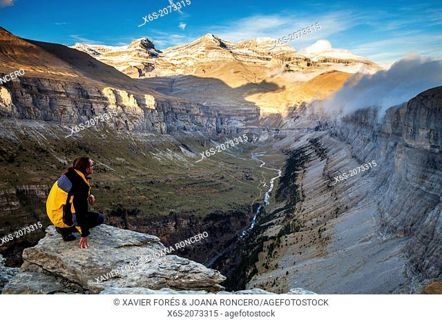 View of Sorores and Ordesa Valley from the Viewpoint area - Balcones de Ordesa-, National Park of Ordesa and Monte Perdido, Huesca, Spain