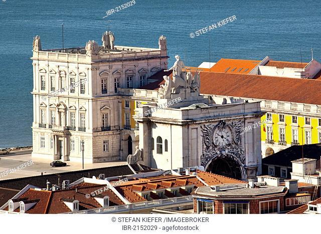 View from the Miradouro da Sao Jorge lookout on the former Moorish castle Castelo de Sao Jorge towards the Arco da Rua Augusta Archway on Praca do Comercio...