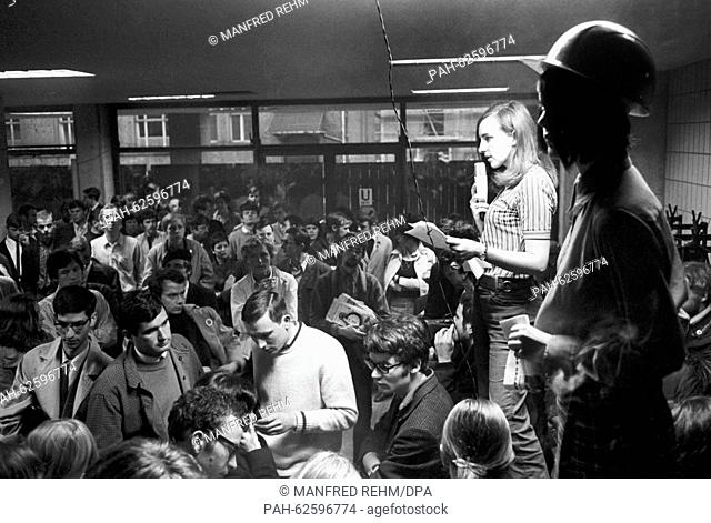 French student Marie-Ange Roy speaks at the Teach-In at Goethe University in Frankfurt on 06 May 1968. About 1,500 students declared their solidarity with their...