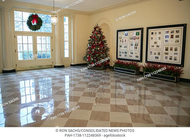 """The 2018 White House Christmas decorations, with the theme """"""""American Treasures"""""""" which were personally selected by first lady Melania Trump"""