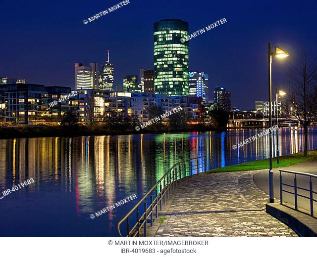 Theodor-Stern-Kai with a view of the skyline of Frankfurt and the Westhafen Tower of the OFB, Frankfurt am Main, Hesse, Germany