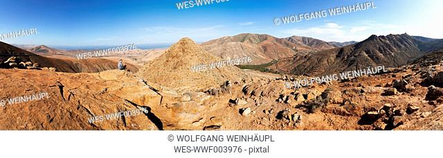 Spain, Canary Islands, Fuerteventura, Vega de Rio Palmas, pass top La Tablada