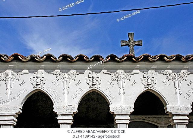 cross, cemetery, Molsosa, Solsones, Catalonia, Spain