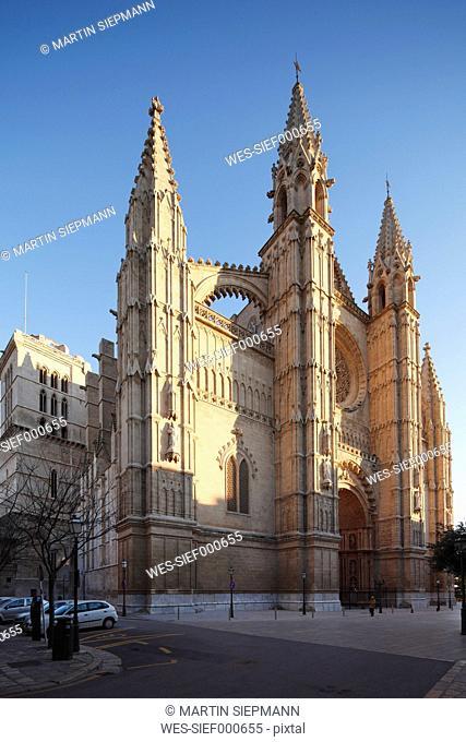 Spain, Balearic Islands, Majorca, Palma de Mallorca, Western facade of Cathedral La Seu