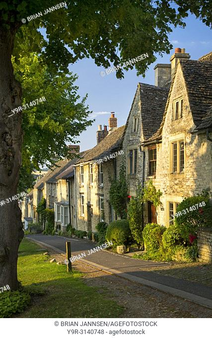 Row of old homes in Burford, the Cotswolds, Oxfordshire, England