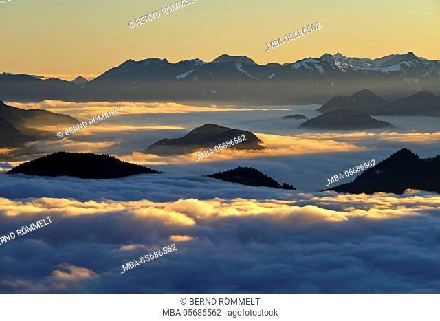Germany, Bavaria, Upper Bavaria, Tölzer country, Bavarian Alpine foothills, Simetsberg, view at Seekarkreuz, Wendelstein, Roß- and Buchstein, Mangfallgebirge