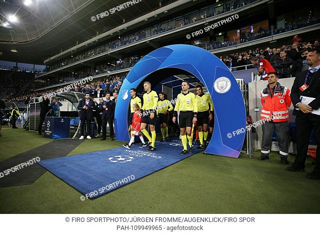 firo: 02.10.2018 Football, Football, Champions League: TSG Hoffenheim - Manchester City 1: 2 Entry of the TEams, inlet arch in general