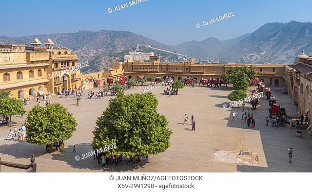 Fort Amber Palace, Jaipur, Rajasthan, India, Asia