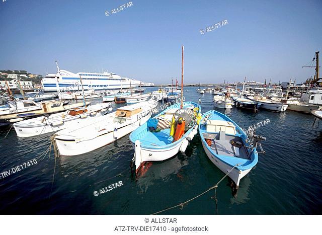 FISHING BOATS & FERRY IN HARBOUR; MARINA GRANDE, ISLAND OF CAPRI, ITALY; 17/09/2011