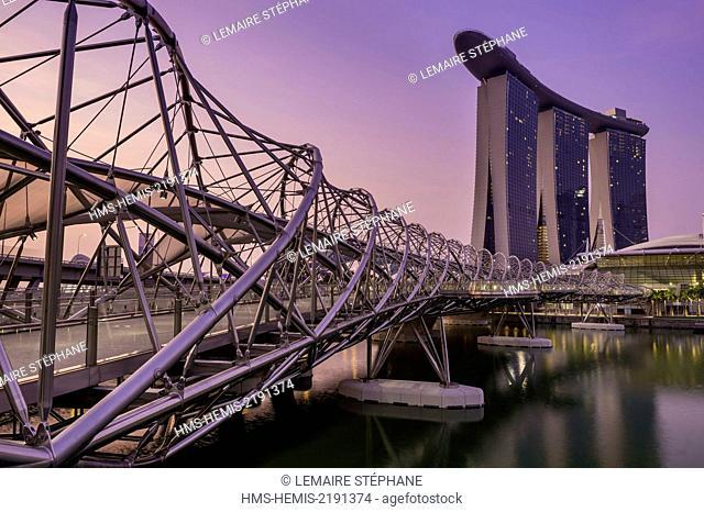 Singapore, Marina Bay, Marina Bay Sands, luxuary hotel opened in 2010 and the Helix Bridge