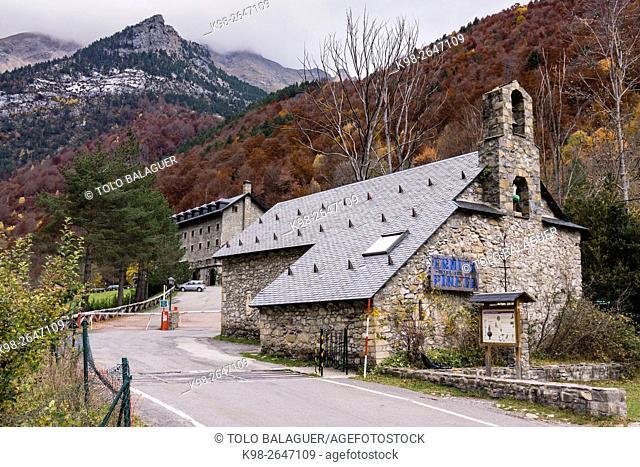 Parador nacional de turismo Monte Perdido, valle de Pineta, parque nacional de Ordesa y Monte Perdido, Provincia de Huesca, Comunidad Autónoma de Aragón