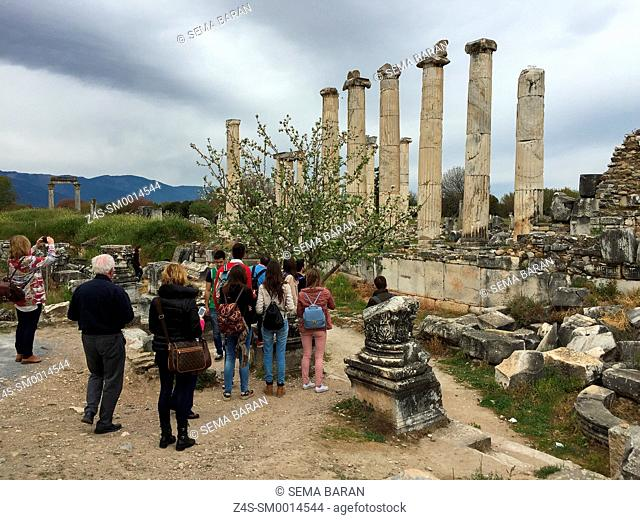 Tourists at the ancient ruins of Aphrodisias, Aydin Province, Aegean Coast, Turkey, Europe