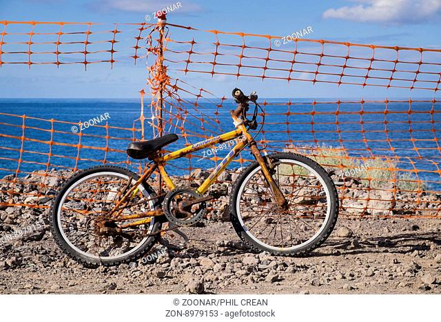 Abandoned bike, Tenerife