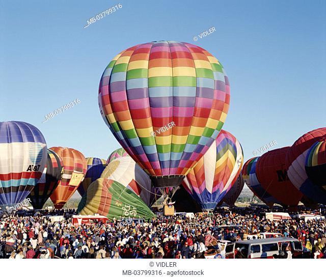 USA, New Mexico, Albuquerque,  Hot air balloon Fiesta, hot-air balloons, start, Spectators Balloon festival, festival, event, balloons, colorfully, balloon trip