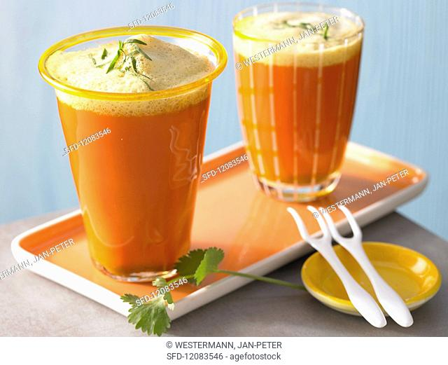 Carrot juice with curry foam