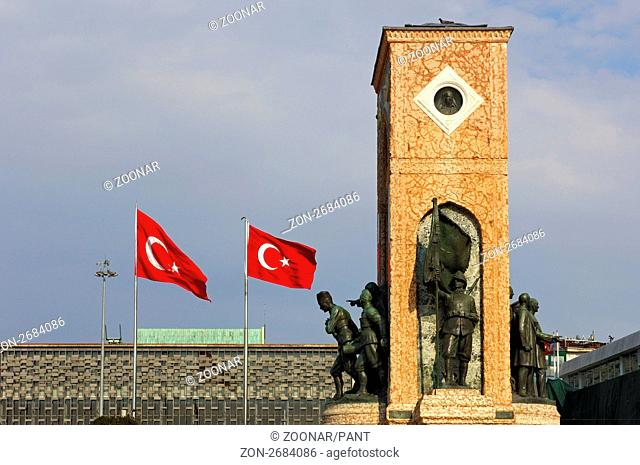 Atatürk-Denkmal oder Unabhängigkeits-Denkmal auf dem Taksim-Platz, Istanbul, Türkei / Independence monument, Atatuerk monument on Taksim Square, Istanbul,Turkey