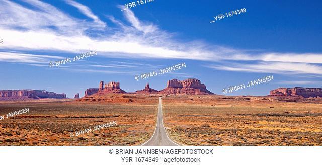 Highway 163 leading to Monument Valley, Navajo Tribal Park, Arizona USA