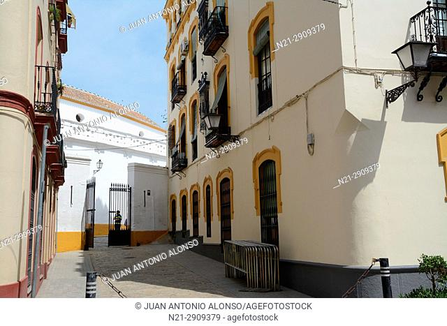 Short street leading to one side of La Maestranza bullring. Seville, Andalucia, Spain, Europe