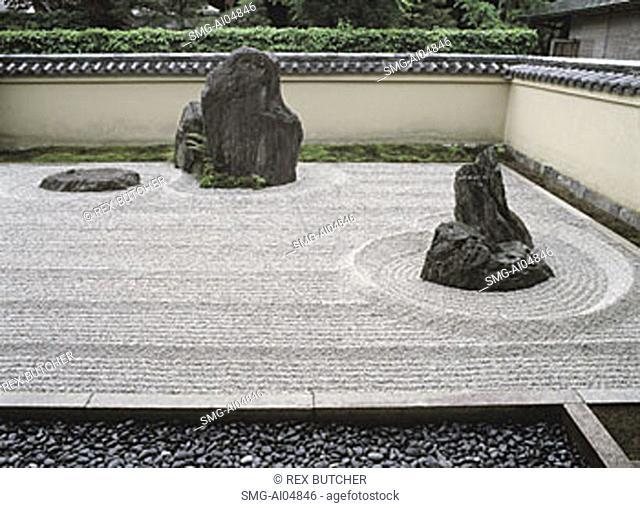 Japan, Kyoto, Ryoan-ji temple, Detail of sand garden, UNESCO world heritage site