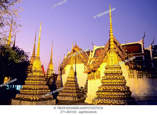 Wat Pho buddhist temple, night. Bangkok. Thailand