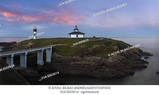 Pancha island, a really small island wich only haves this lighthouse, sunset is the best moment to take a picture there, Ribadeo, Spain