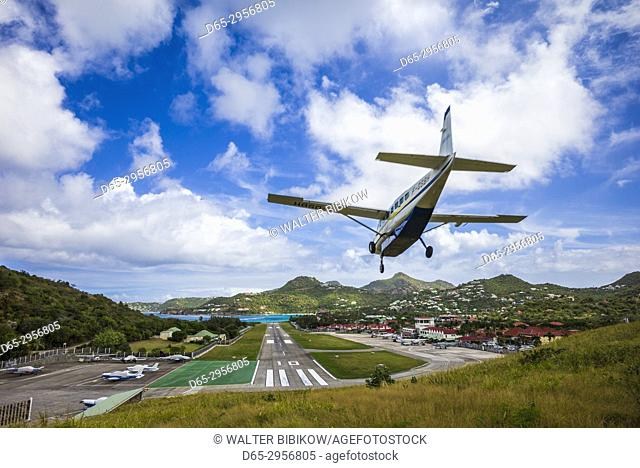 French West Indies, St-Barthelemy, Gustavia, aircraft landing at St-Barthelemy Airport (SBH)