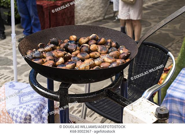 Roasting chestnuts. Pampaneira, Alpujarras, Spain