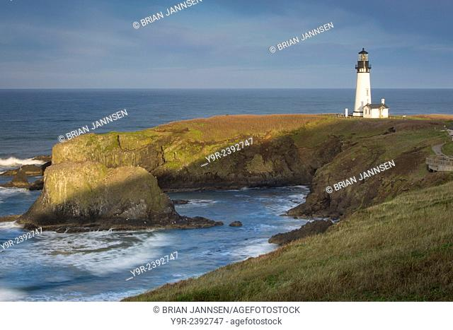 Yaquina Head Lighthouse, Newport, Oregon, USA