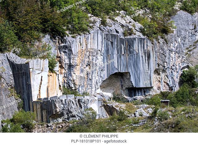 Carrière royale de l'Espiadet / Carrière du Roy, marble quarry at Payolle, Haute-Bigorre, Hautes-Pyrénées, France