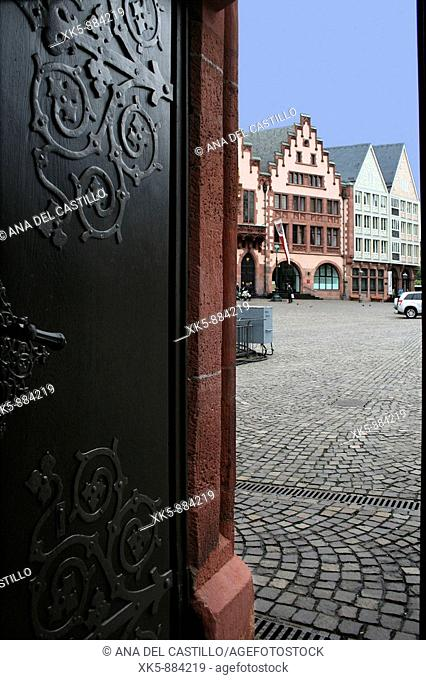 Frankfurt center, town hall