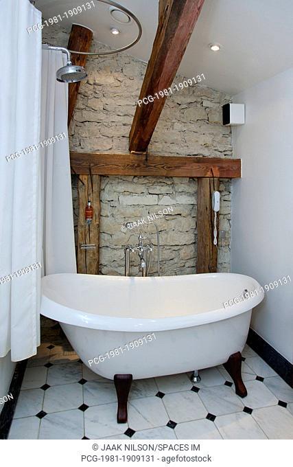 Pädaste Manor Bathtub