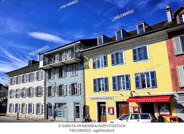 Europe, Switzerland, Canton Vaud, facades of townhouses along Grand-Rue in center of Rolle, town on shore of Lake Geneva (Lac Léman) between Nyon and Lausanne