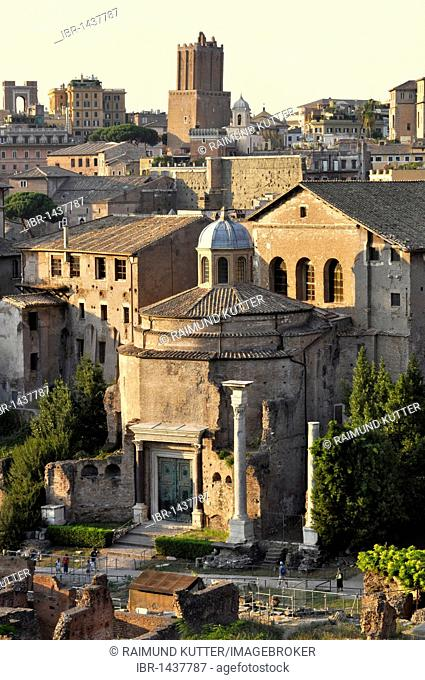 Torre delle Milizie tower, Temple of Romulus or Santi Cosma e Damiano, Forum Romanum, Roman Forum, Rome, Lazio, Italy, Europe