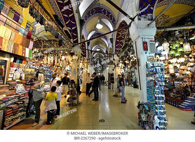 Main road, Grand Bazaar, large covered bazaar, Kapali Carsi, old town of Beyazit, Istanbul, Turkey, Europe, PublicGround
